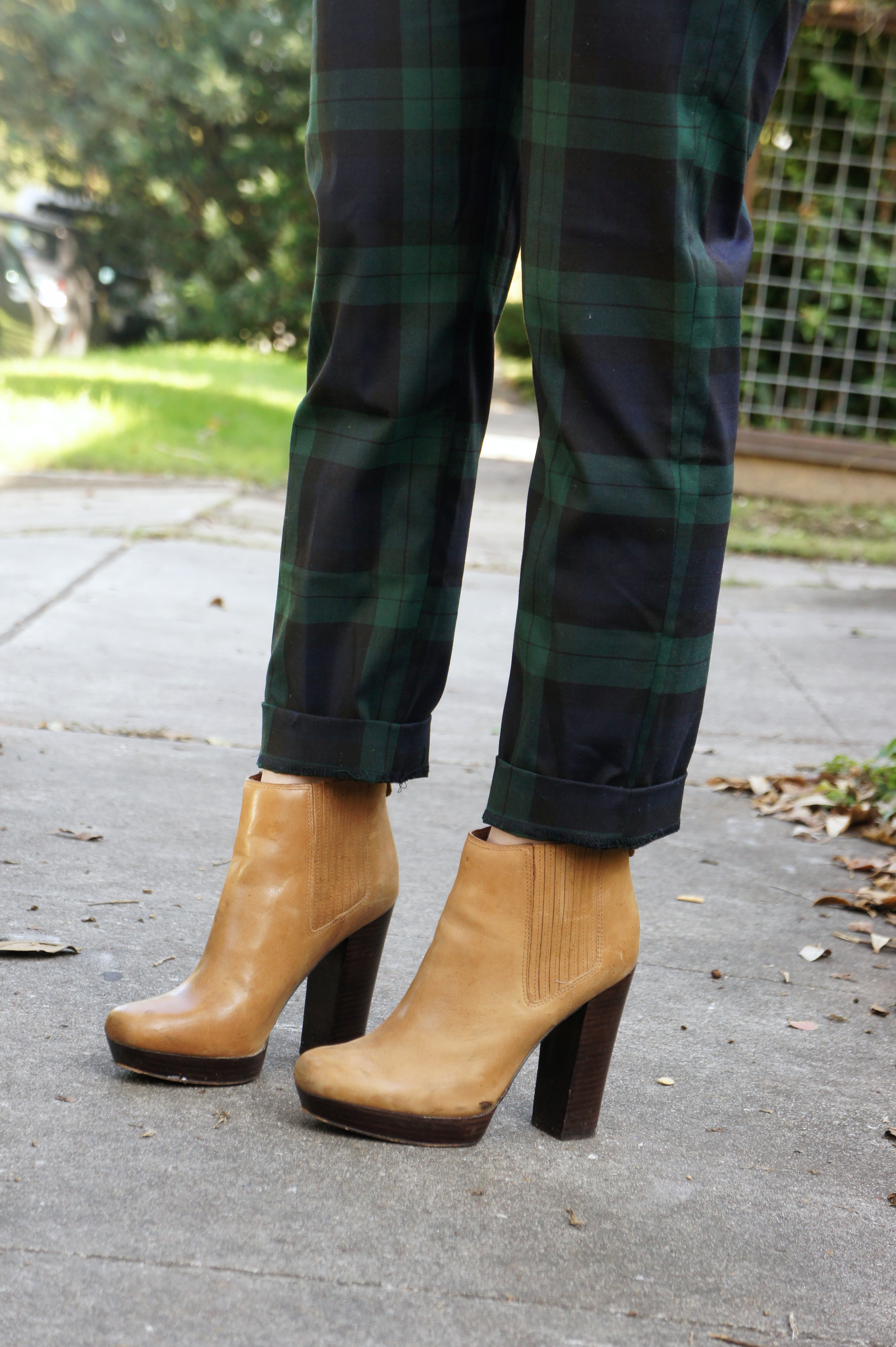 Outfit: Green and Navy Plaid