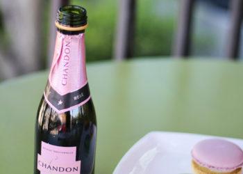champagne - macaroons