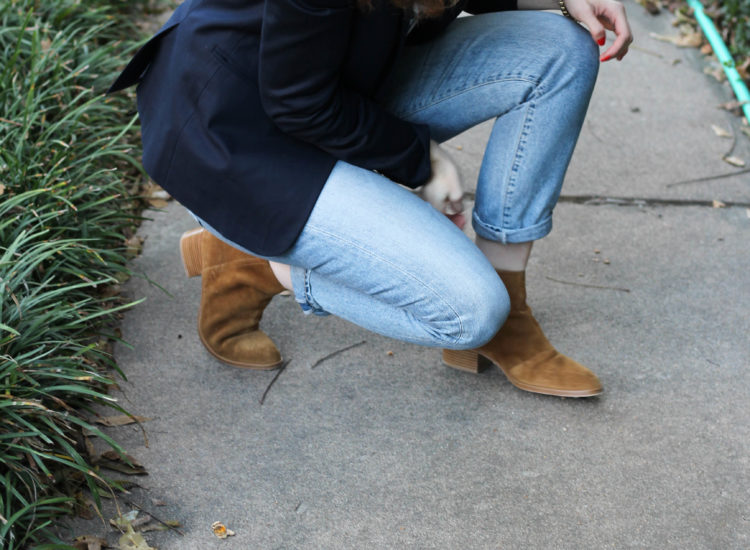 citizen of humanity jeans, mom jeans and booties, jeans and blazer outfit, fall outfit